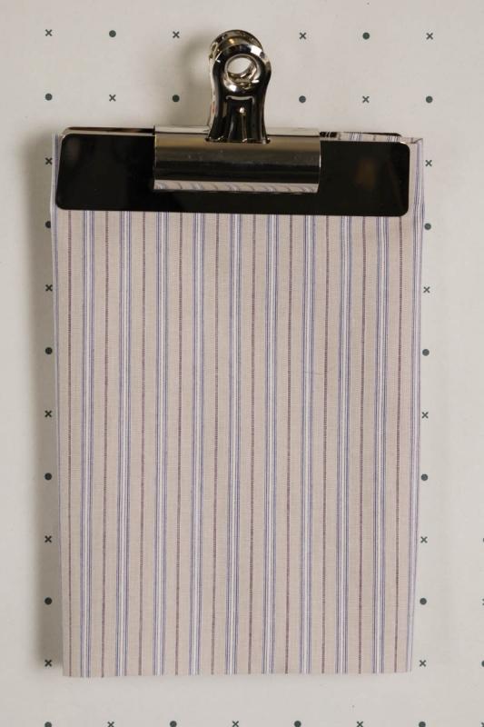FD073-Fawn-Mauve-Blue-stripe
